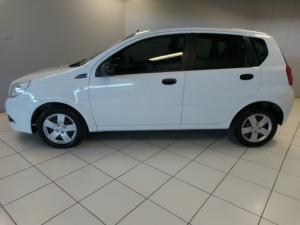 Chevrolet Aveo 1.6 LS hatch - Image 3