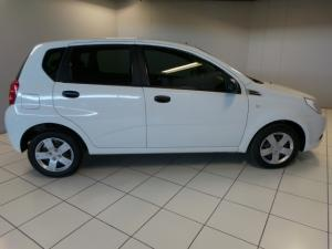 Chevrolet Aveo 1.6 LS hatch - Image 6