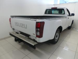 Isuzu KB 250 - Image 4