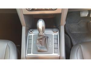 Volkswagen Amarok 2.0BiTDI double cab Highline 4Motion auto - Image 10
