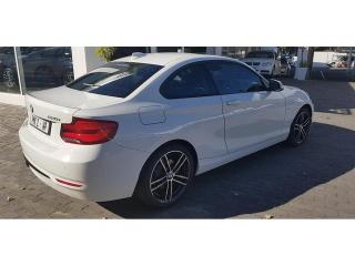 BMW 2 Series 220i coupe Sport auto