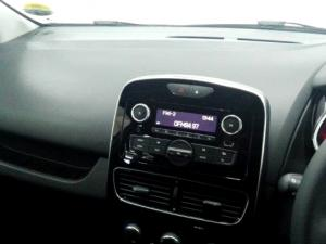 Renault Clio IV 900T Authentique 5-Door - Image 11