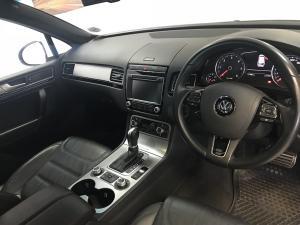 Volkswagen Touareg GP 3.0 V6 TDI Luxury TIP - Image 7