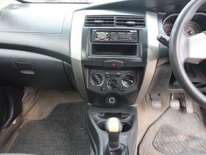 Nissan Livina 1.6 Visia X-GEAR - Image 12
