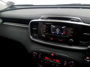 Kia Sorento 2.2D AWD automatic 7 Seater SX - Image 12