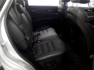 Kia Sorento 2.2D AWD automatic 7 Seater SX - Image 16