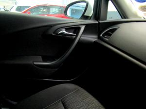 Opel Astra 1.4T Enjoy automatic - Image 24