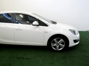 Opel Astra 1.4T Enjoy automatic - Image 28