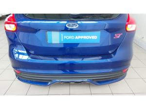 Ford Focus ST 3 - Image 4