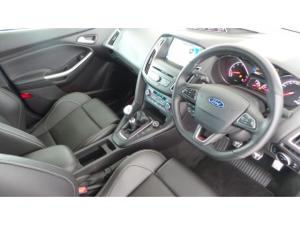 Ford Focus ST 3 - Image 5