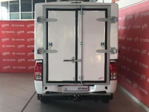 Toyota Hilux 2.4GD (aircon) - Image 5