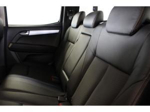 Isuzu KB 300D-Teq double cab 4x4 LX auto - Image 4
