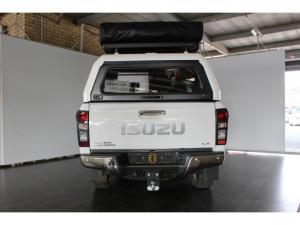 Isuzu KB 300D-Teq double cab 4x4 LX auto - Image 6