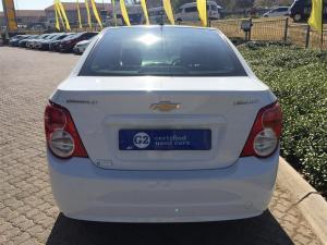 Chevrolet Sonic 1.6 LS - Image 5