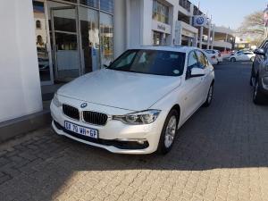 BMW 320i Luxury Line automatic - Image 1
