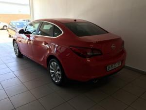 Opel Astra 1.4T Enjoy - Image 11