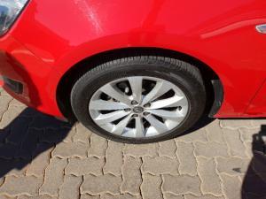 Opel Astra 1.4T Enjoy - Image 8
