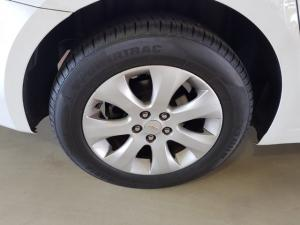 Chevrolet Cruze sedan 1.4T LS auto - Image 9