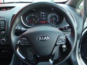 Kia Cerato 1.6 EX automatic 5-Door - Image 10