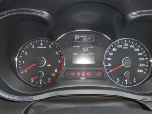 Kia Cerato 1.6 EX automatic 5-Door - Image 13