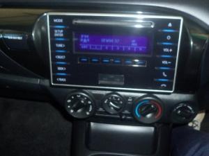 Toyota Hilux 2.4 GD-6 SRXD/C 4X4 - Image 8