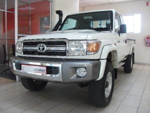 Toyota Land Cruiser 70 series Land Cruiser 79 4.0 V6 pick-up - Image 1