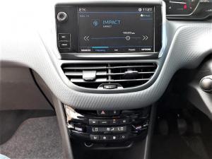 Peugeot 208 Allure 1.2 Puretech 5-Door - Image 6