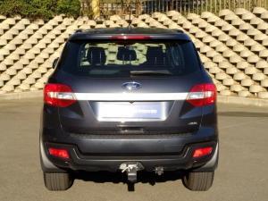 Ford Everest 2.2 TdciXLS 4X4 - Image 8