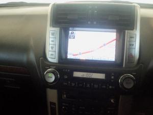 Toyota Prado VX 3.0 TDi automatic - Image 10