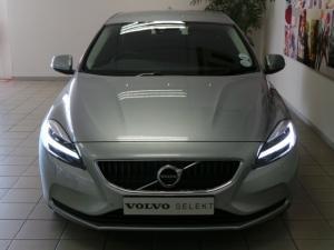 Volvo V40 D3 Momentum - Image 5