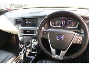 Volvo S60 D4 Momentum - Image 11