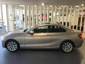 BMW 2 Series 220i coupe Luxury auto - Image 6