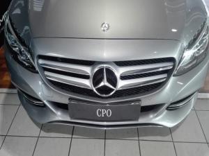 Mercedes-Benz C250 Bluetec Avantgarde automatic - Image 3