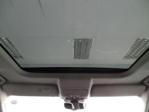 Land Rover Discovery First Edition Td6 - Image 6