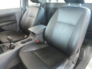 Ford Ranger 3.2 SuperCab 4x4 XLS auto - Image 10