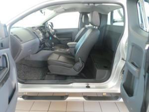 Ford Ranger 3.2 SuperCab 4x4 XLS auto - Image 11