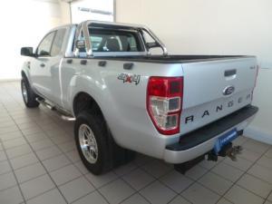Ford Ranger 3.2 SuperCab 4x4 XLS auto - Image 3