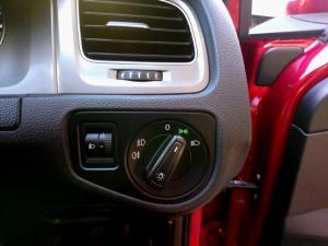 Volkswagen Golf 1.2TSI Trendline - Image 11