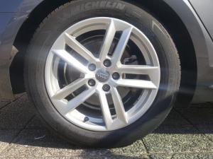 Audi A4 1.4T FSI Sport Stronic - Image 6