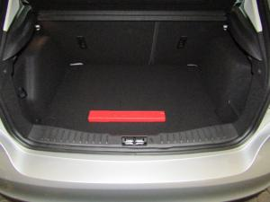 Ford Focus 1.0 Ecoboost Ambiente automatic 5-Door - Image 3