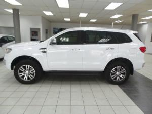 Ford Everest 3.2 4WD XLT - Image 2