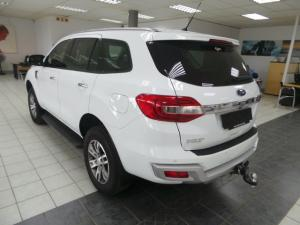 Ford Everest 3.2 4WD XLT - Image 3