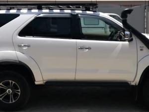 Toyota Fortuner 3.0D-4D Raised Body 4X4 - Image 6