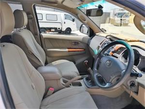 Toyota Fortuner 3.0D-4D Raised Body 4X4 - Image 9