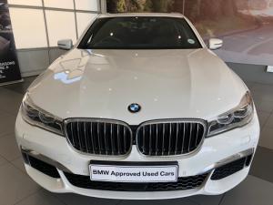 BMW 740i M Sport - Image 12