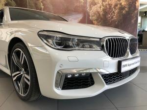 BMW 740i M Sport - Image 17