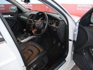 Audi A4 2.0 TDI SE - Image 9