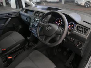 Volkswagen CADDY4 Crewbus 2.0 TDi - Image 4