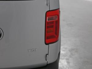 Volkswagen CADDY4 Crewbus 2.0 TDi - Image 8