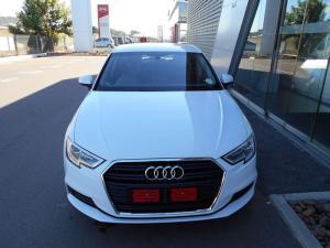 Audi A3 Sportback 1.0 Tfsi Stronic - Image 2